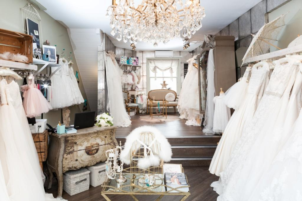 Helena Fortley bridal boutique (Photo: Ally from Stonelock photography)